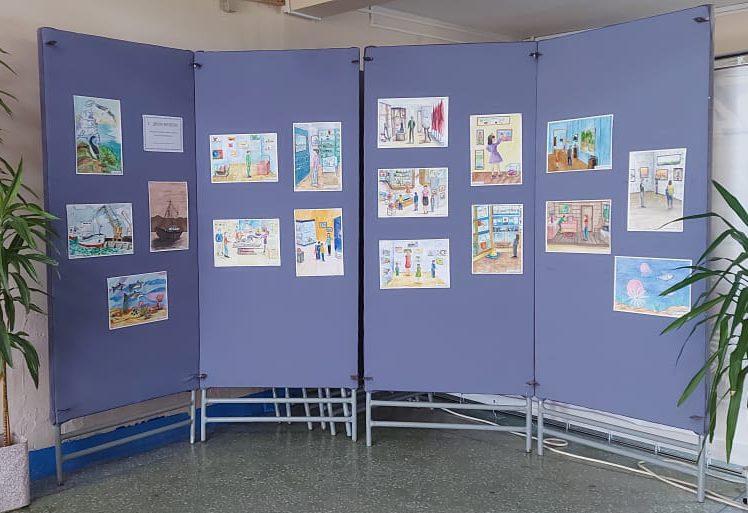 Выставка рисунков к Международному дню музеев